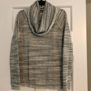 Cowl neck sweater/sweatshirt Size M